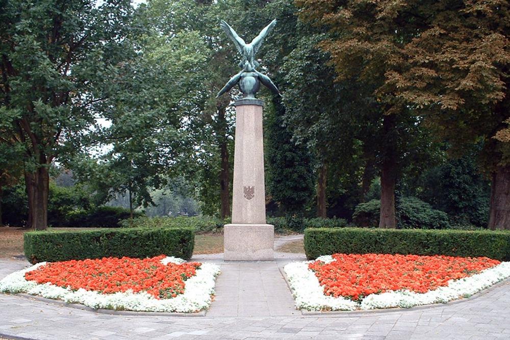 Pools Monument Wilhelminapark Breda