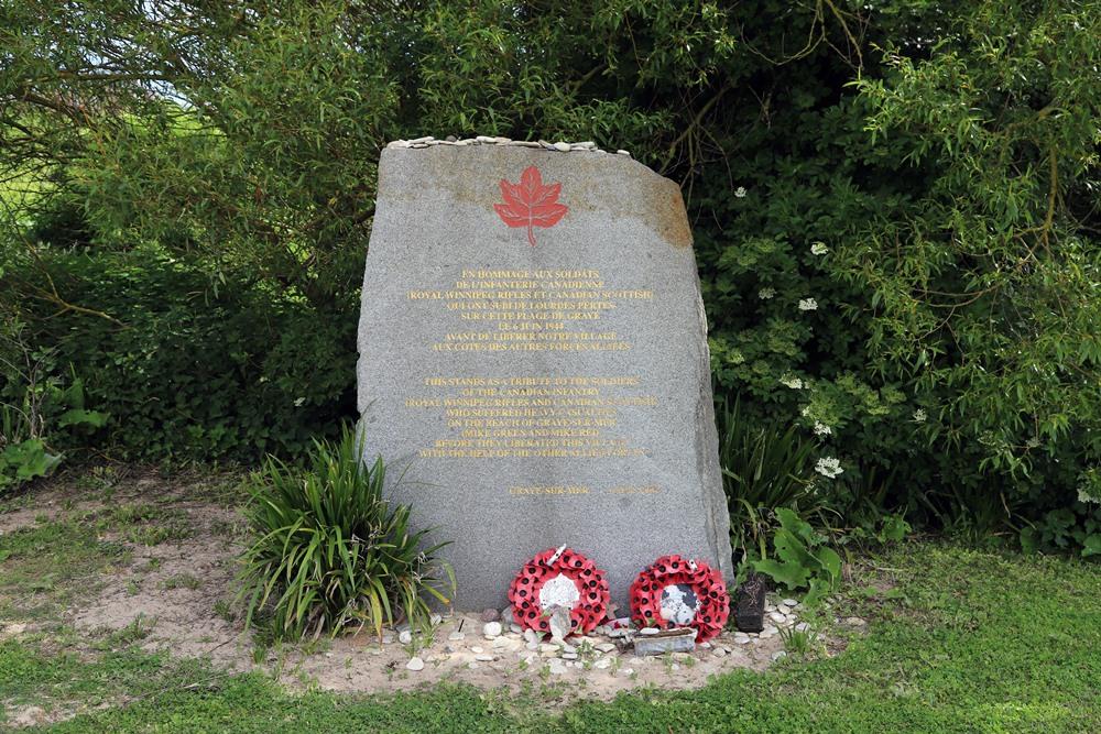 Monument Royal Winnipeg Rifles en Canadian Scottisch Graye-sur-Mer