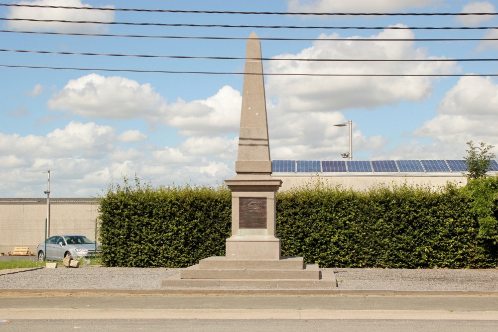 Monument Gloucestershire Regiment Geluveld