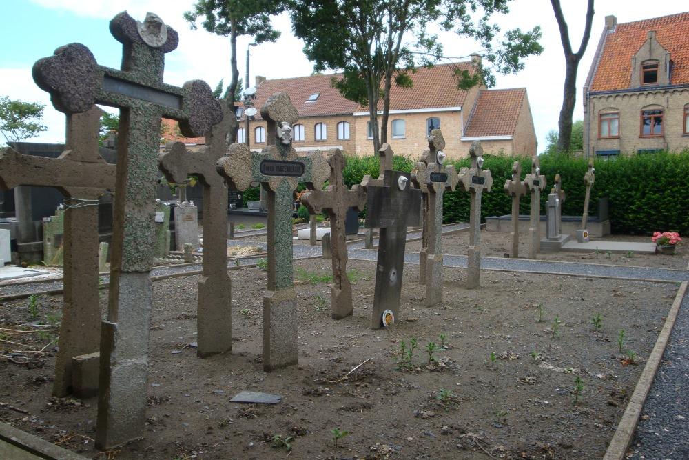 Graven Oudstrijders Sint-Pieters-Kapelle