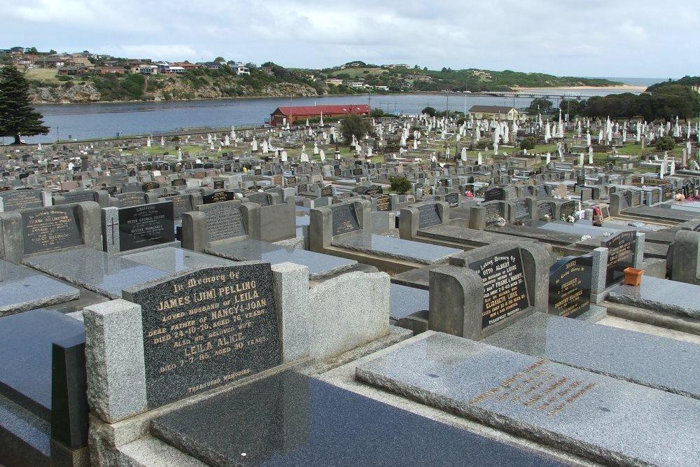 Commonwealth War Graves Warrnambool Public Cemetery