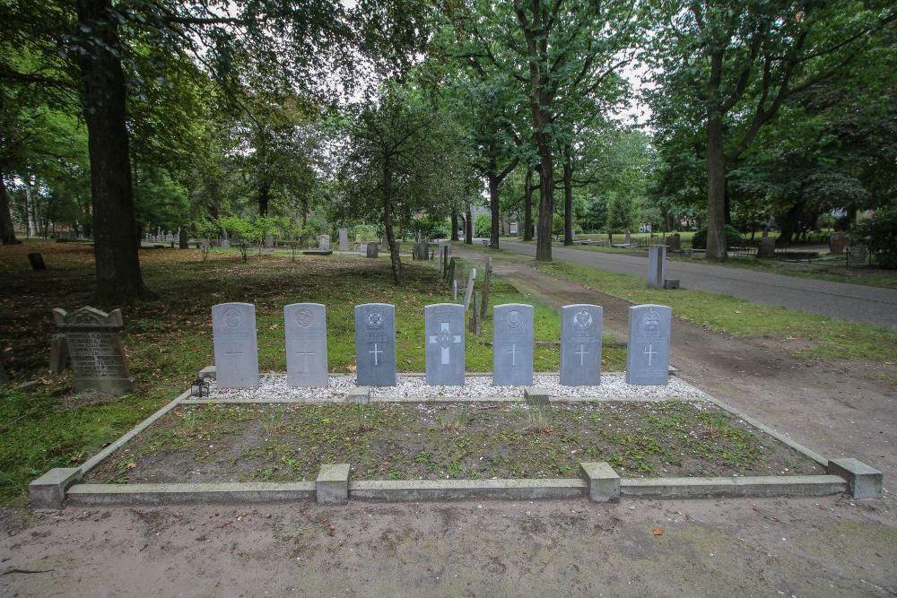 Oorlogsgraven van het Gemenebest Begraafplaats Soesterweg