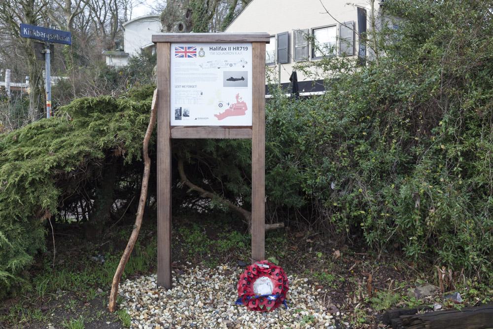 Memorial Halifax HR719