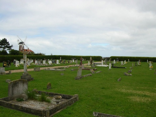 Commonwealth War Graves Weybourne Cemetery