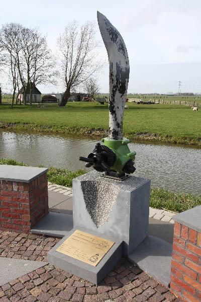 Monument Hampden P1206