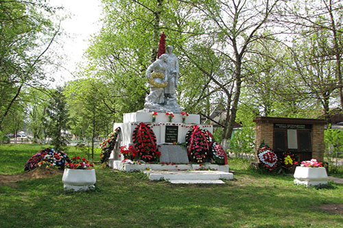 Mass Grave Soviet Soldier Lva Tolstogo