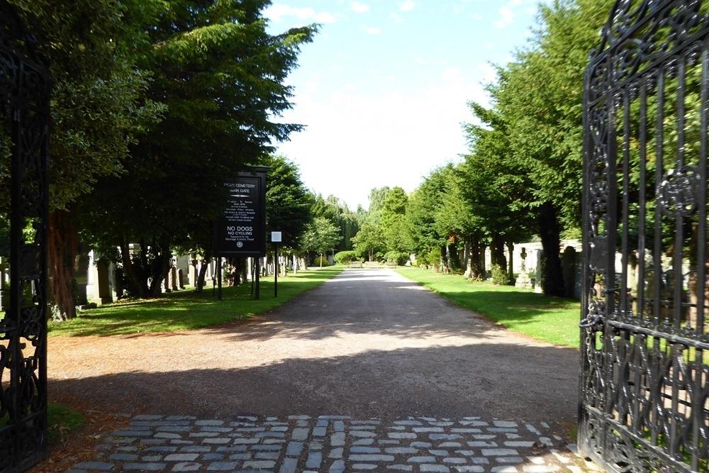 Commonwealth War Graves Dean Cemetery