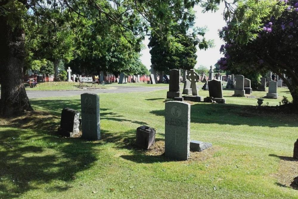 Commonwealth War Graves Bothwell Park Cemetery