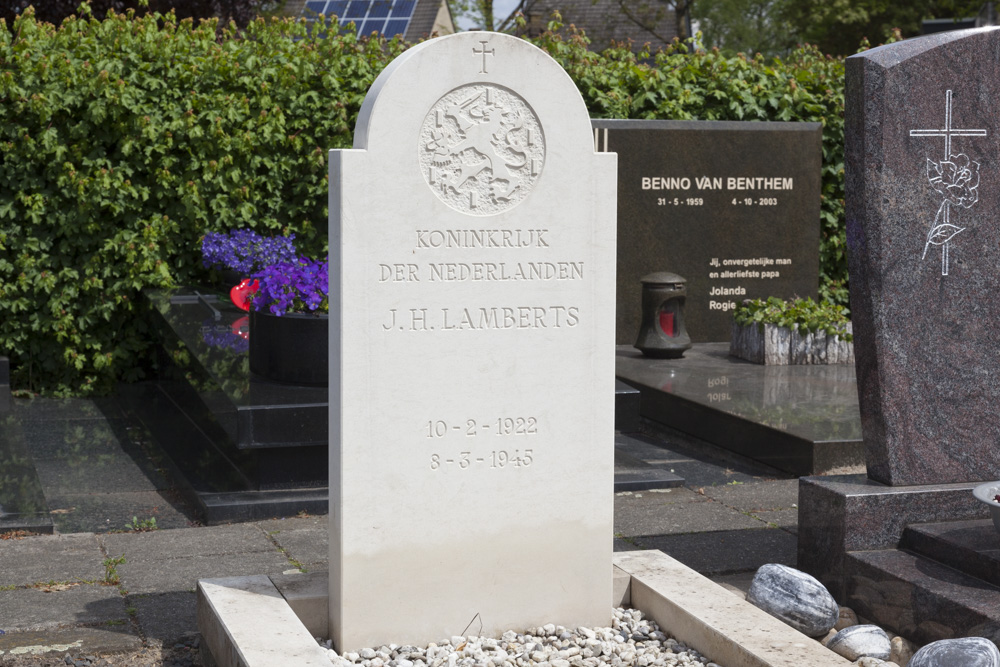 Nederlandse Oorlogsgraven Rooms Katholieke Begraafplaats Tubbergen