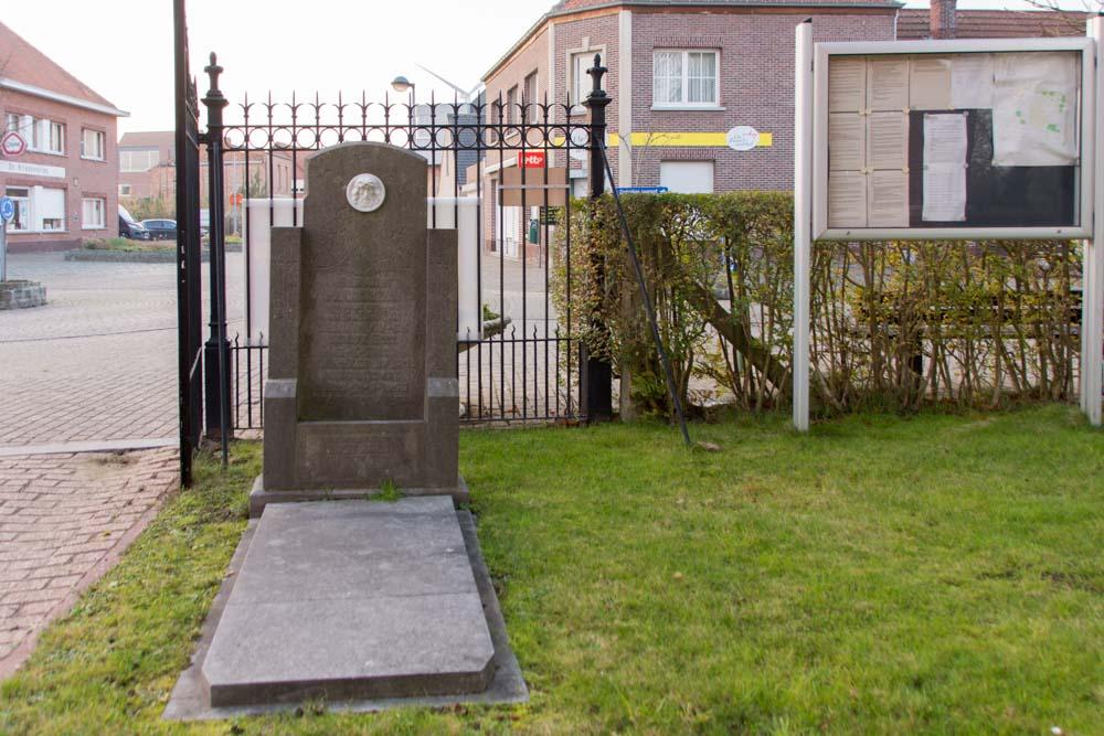 Belgian War Grave Stelen Churchyard