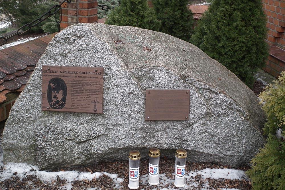 Lieutenant Colonel Kazimierz Grudzielski Memorial