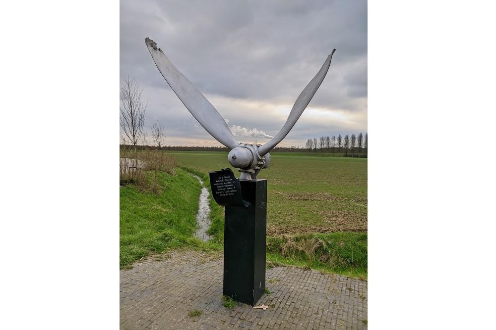 Monument Halifax LV905