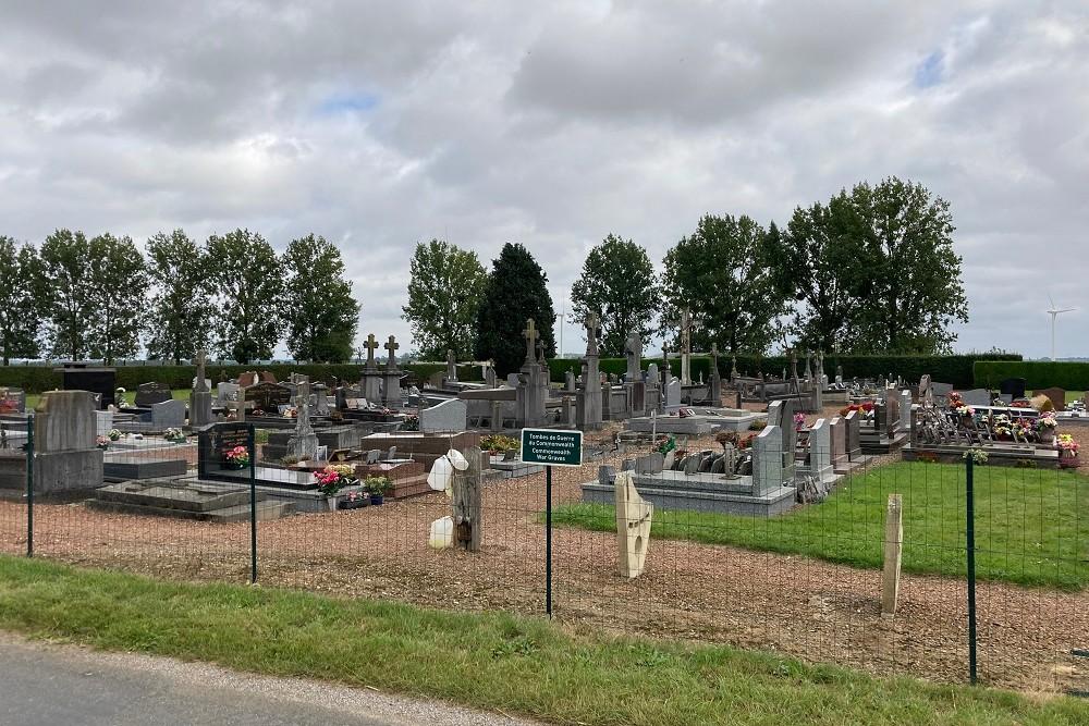 Oorlogsgraven van het Gemenebest Saint-Maxent