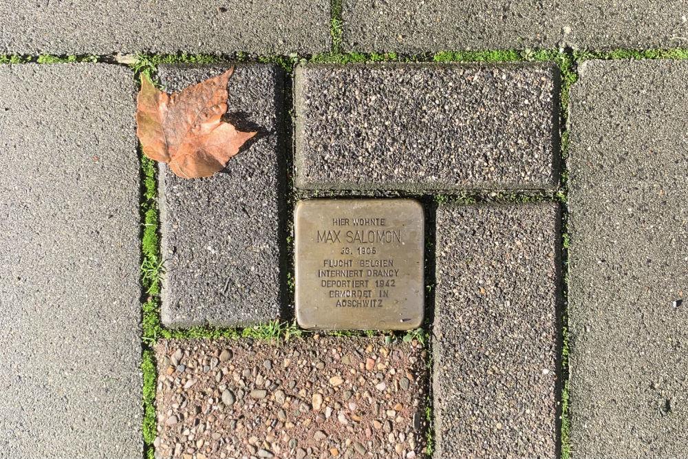 Stolpersteine Thomashofstraße 15