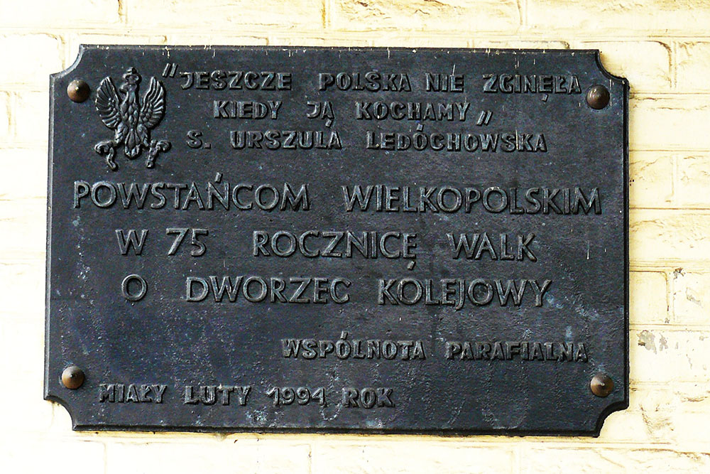 Plaque Fighting Mialy Train Station