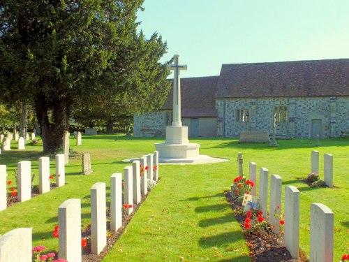 Oorlogsgraven van het Gemenebest St Lawrence Churchyard