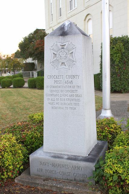 Veterans Memorial Crockett County