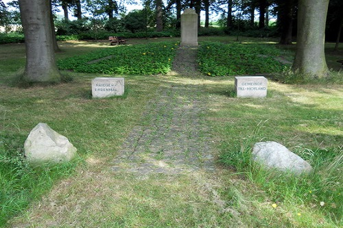War Memorial Till - Moyland