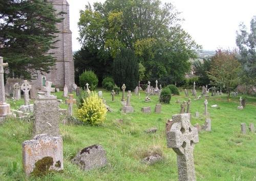 Commonwealth War Graves St Michael Churchyard