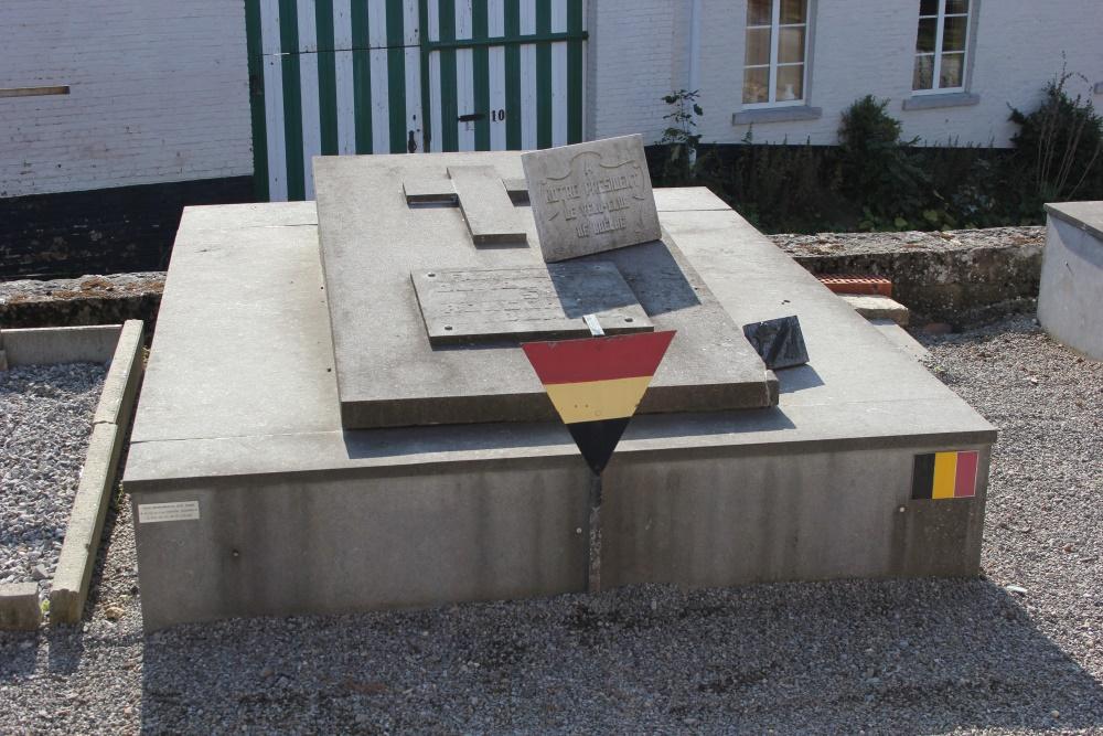 Veteran War Graves Boëlhe