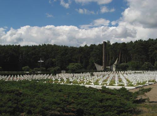Poolse Oorlogsbegraafplaats Siekierki