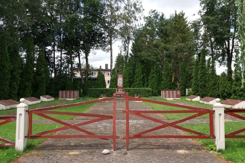 Sovjet Oorlogsbegraafplaats Lukšiai