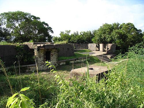 Lung Fu Shan Pinewood Battery