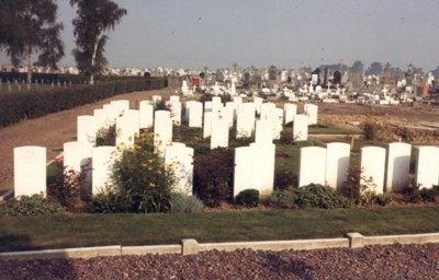 Oorlogsgraven van het Gemenebest Carvin