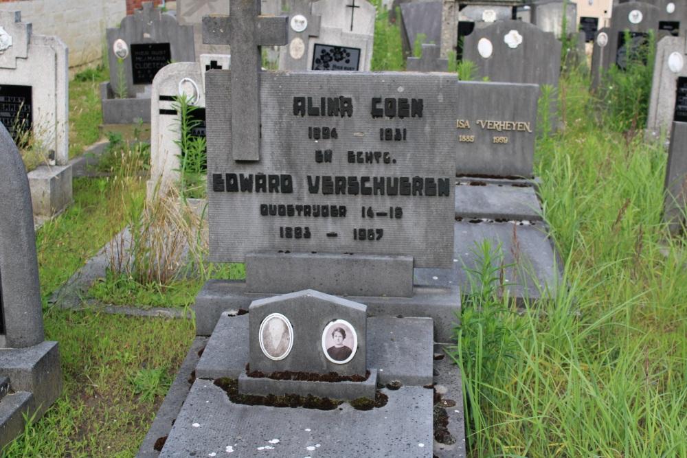 Veteran War Graves Churchyard Hever