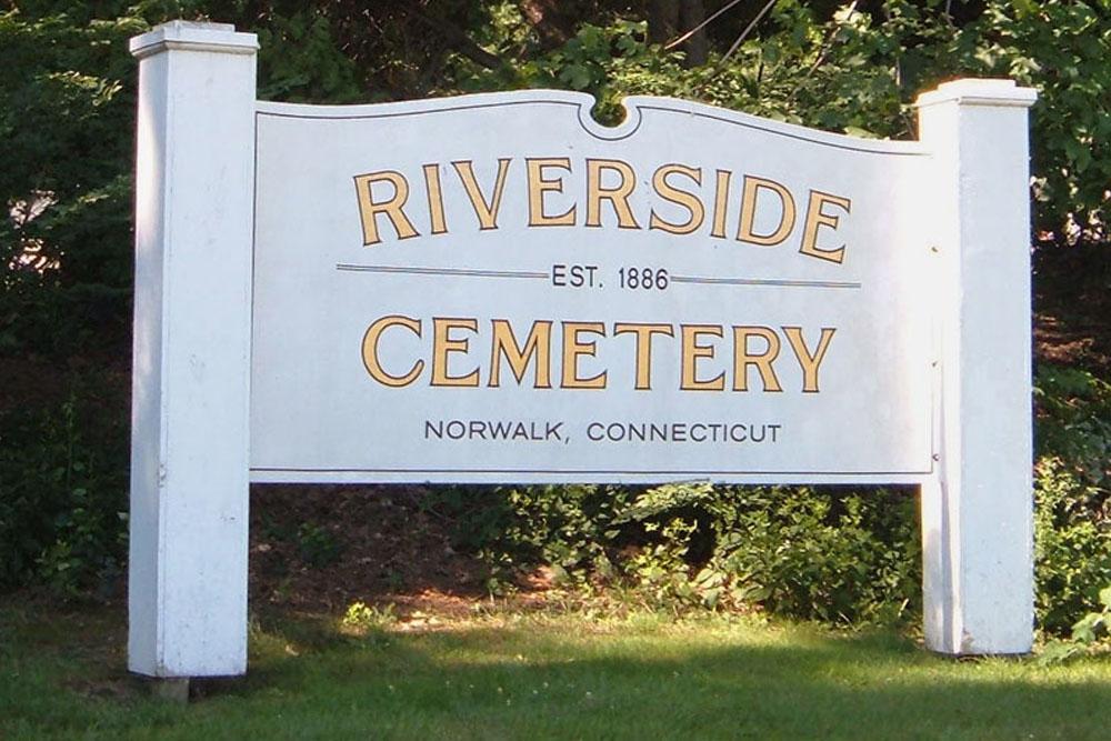 American War Graves Riverside Cemetery