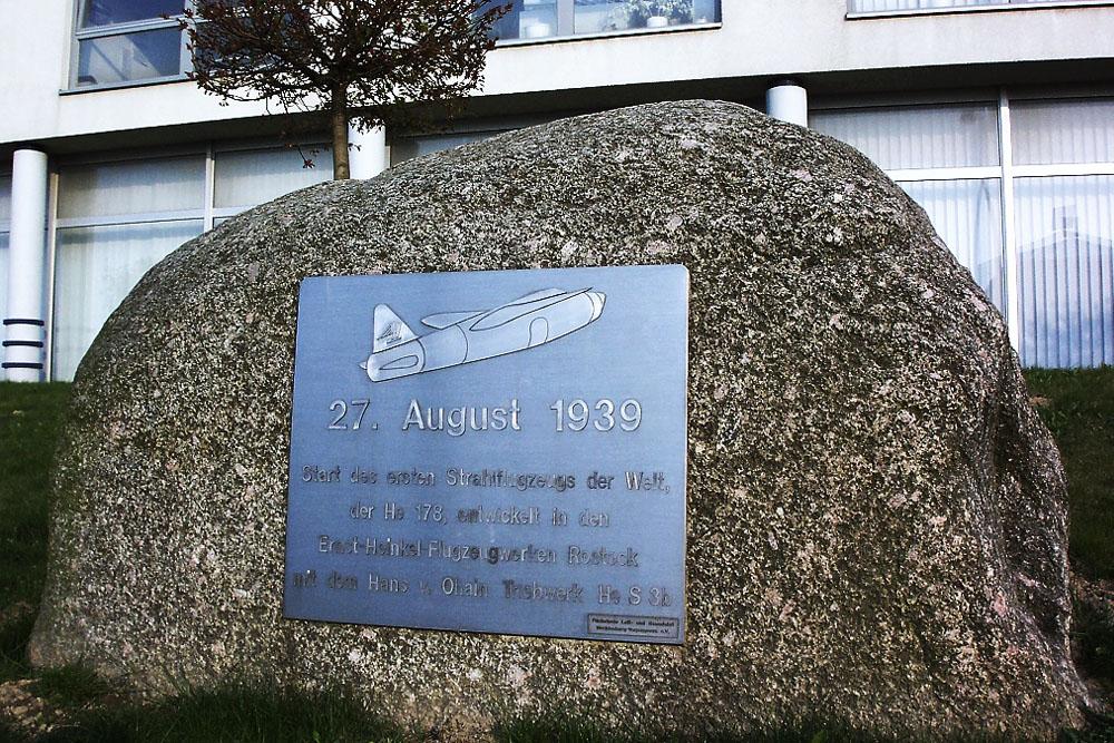 Monument Vlucht Eerste Straalvliegtuig
