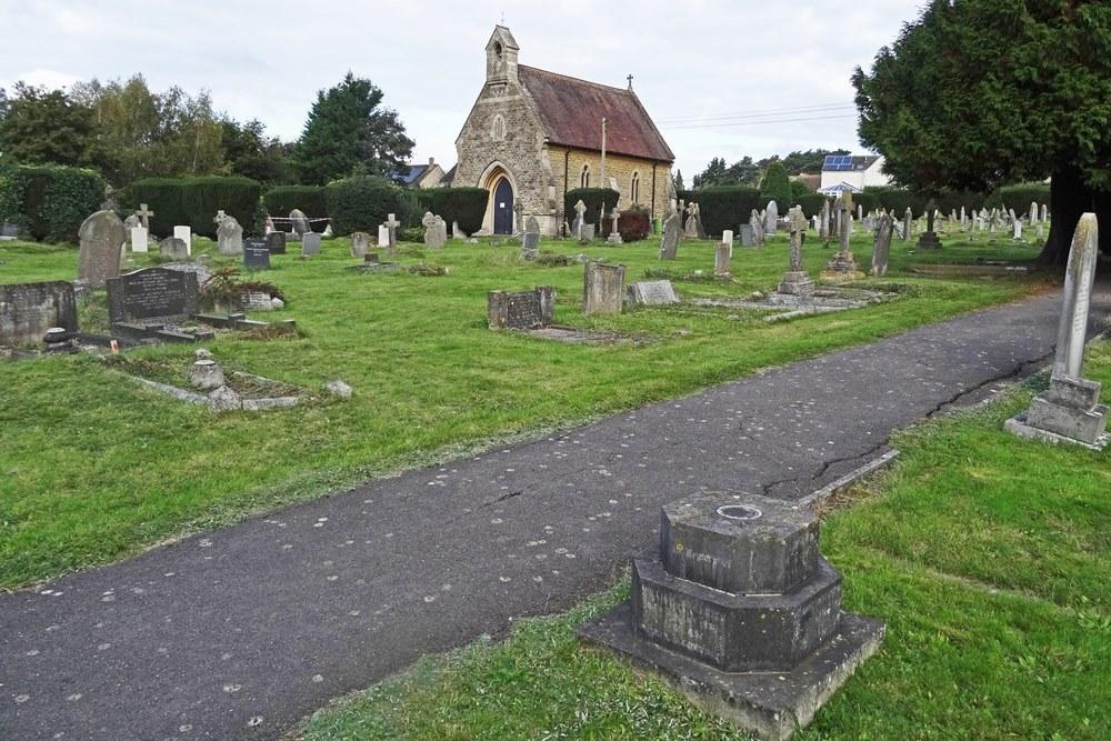 Commonwealth War Graves Malmesbury Cemetery