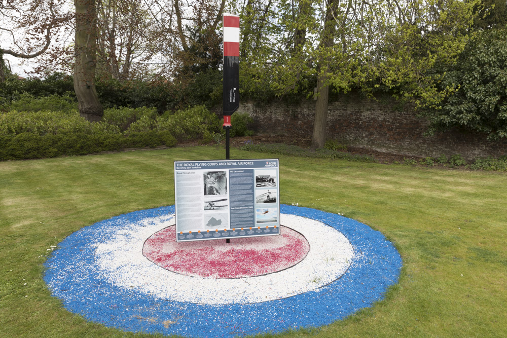 Monument RAF Leconfield