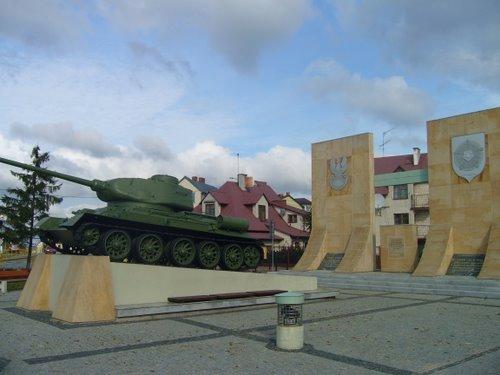 Monument Slag om Rozan & Bevrijding (T-34/85 Tank)