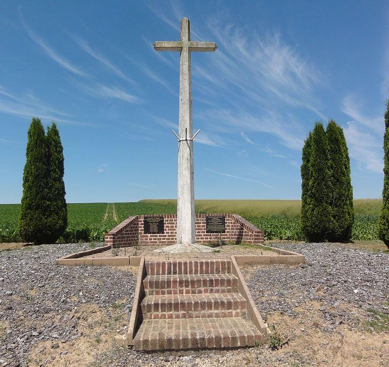 Monument Crash 26 November 1944