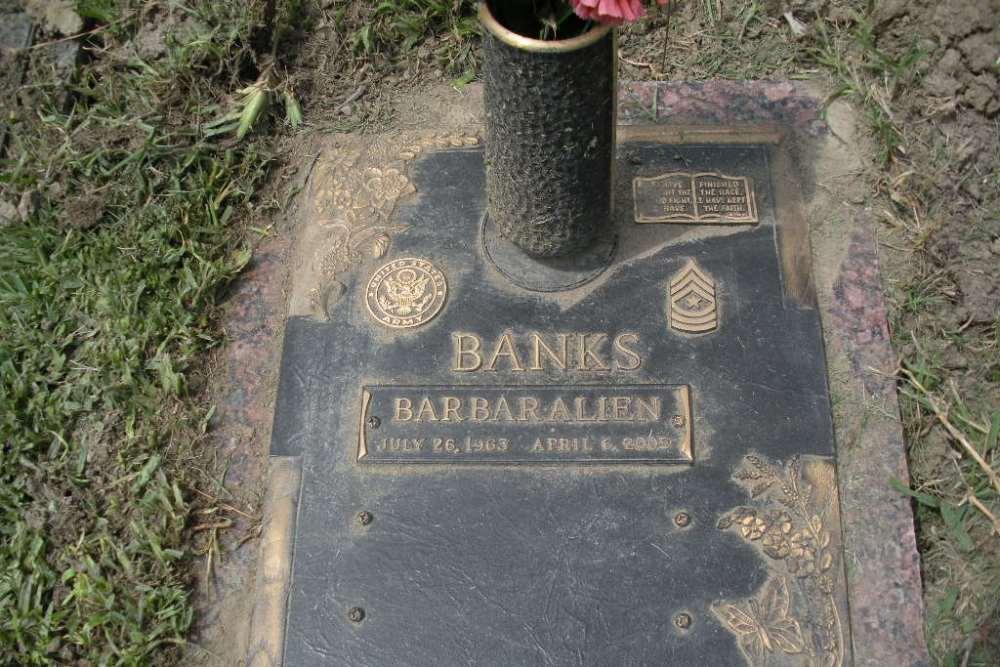 Amerikaanse Oorlogsgraven Restlawn Park Cemetery and Mausoleum