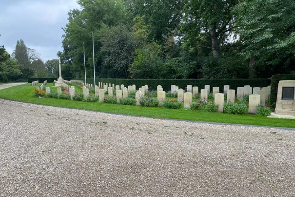 Commonwealth War Graves Nieuwe Oosterbegraafplaats Amsterdam