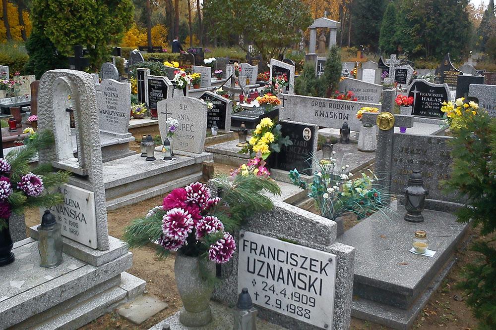 Graves Veterans Junikowo Cemetery