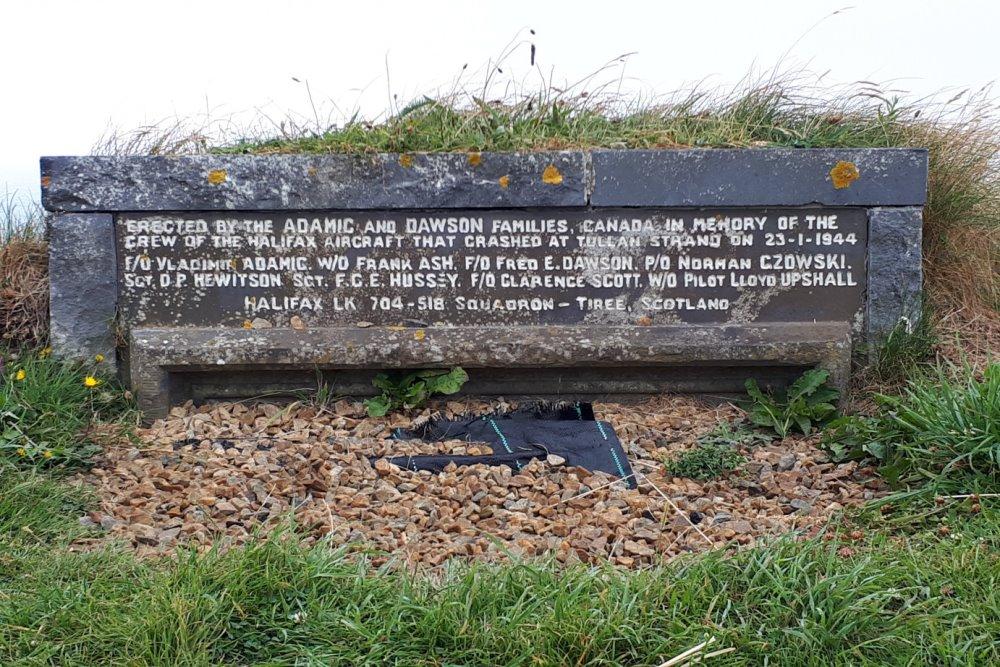 Memorial Crash Halifax LK 704