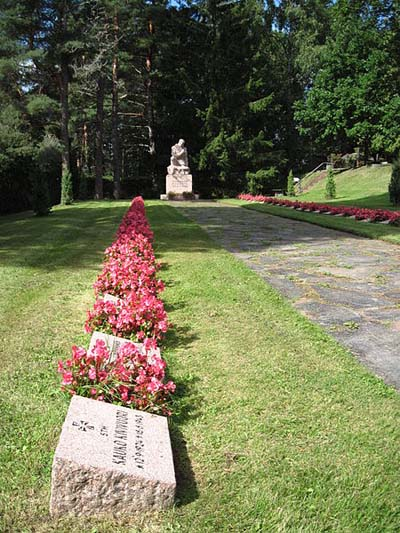 Finse Oorlogsgraven Nummi