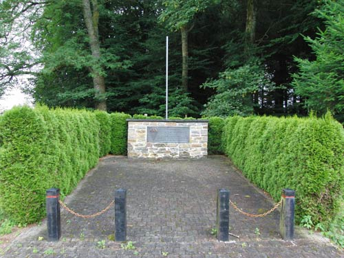 Monument Constant Martiny