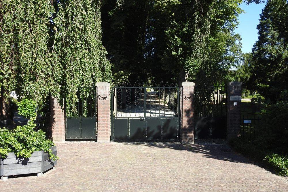 Nederlandse Oorlogsgraven Begraafplaats Rusthof Ridderkerk