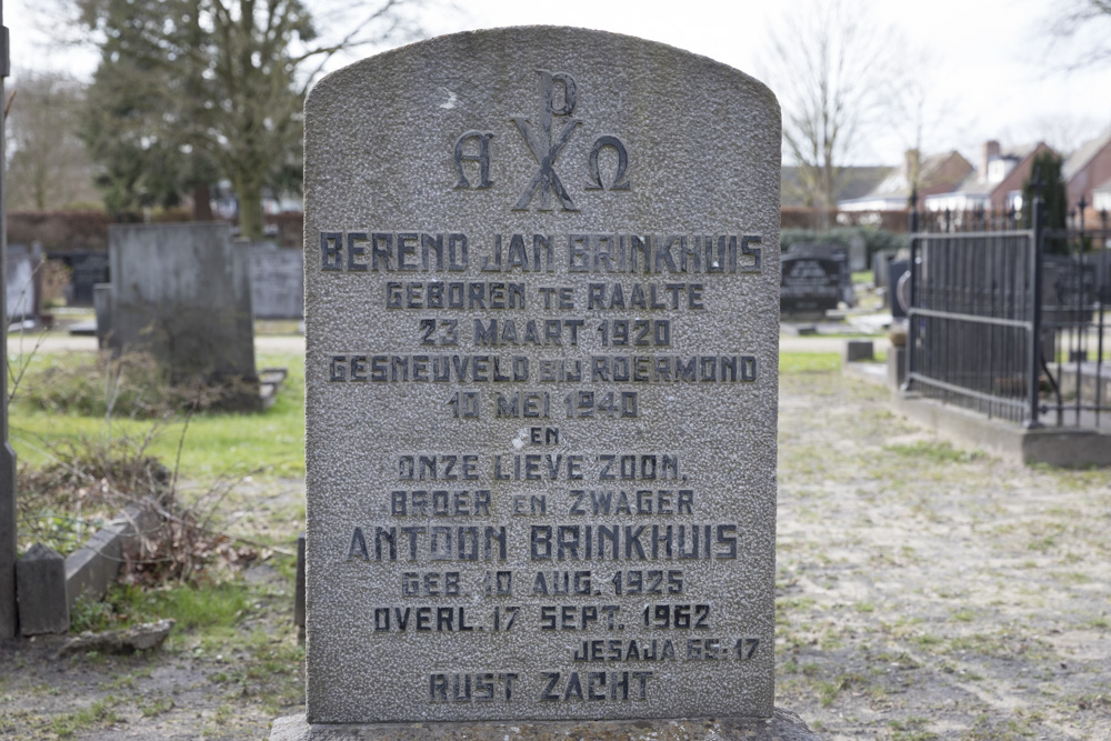 Nederlandse Oorlogsgraven Algemene Begraafplaats Raalte