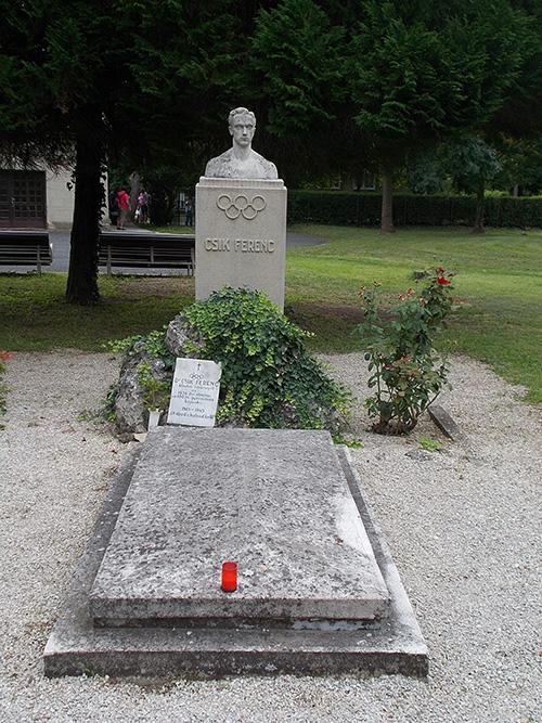 Grave Ferenc Csik