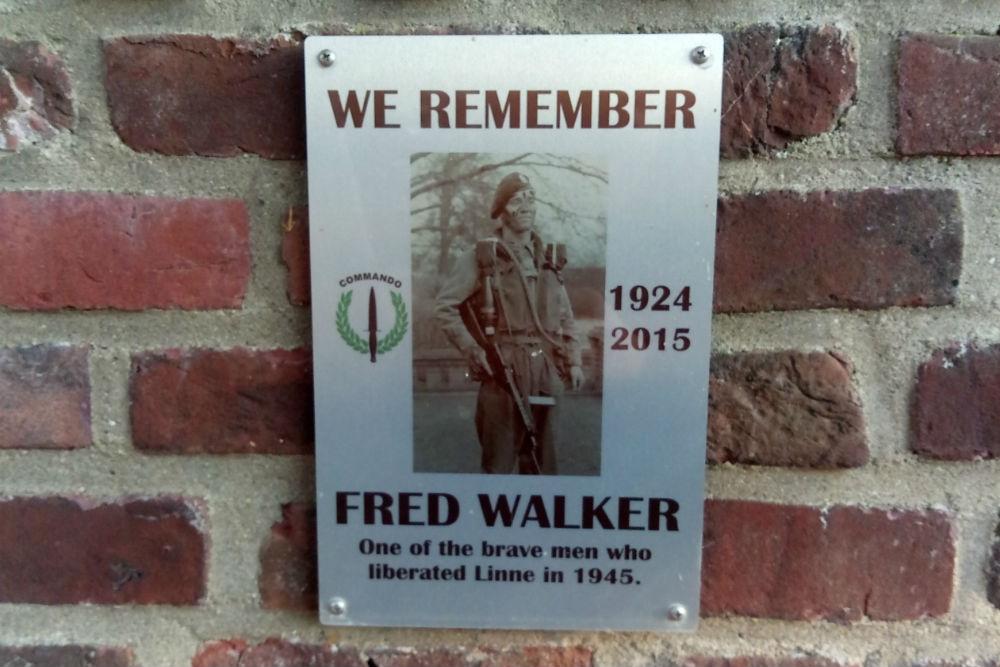 Plaque Frederick John Walker