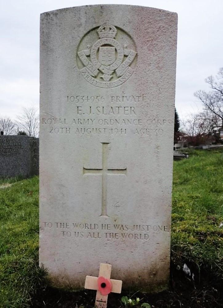 Commonwealth War Graves St. Benedict Churchyard