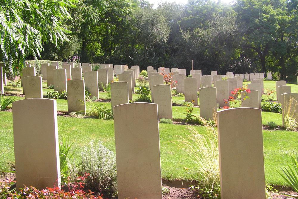 French War Grave Poznan