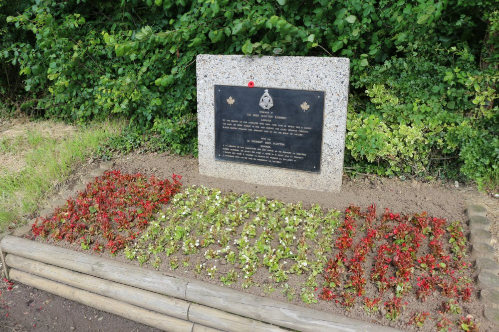 Memorial Essex Scottish Regiment Canada
