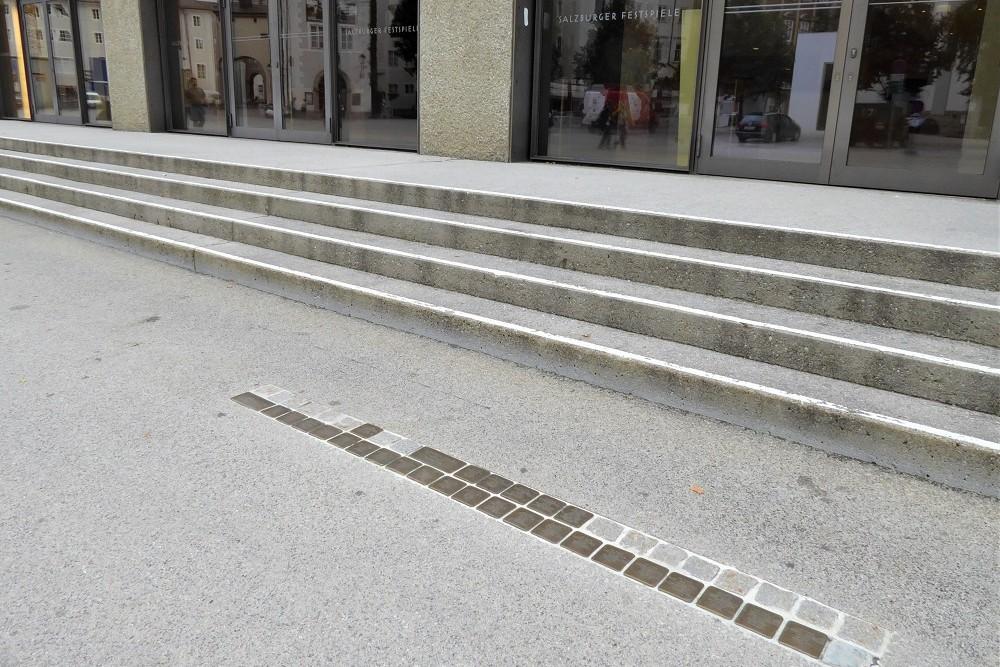 Stumbling Stones Max-Reinhardt Platz