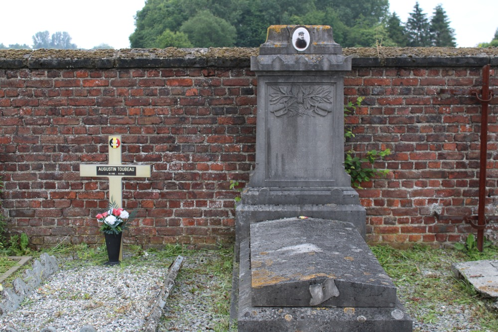 Belgische Oorlogsgraven Pommeroeul